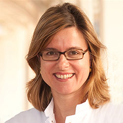 Prof. Dr. med. Bettina Toth